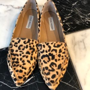 Steve Madden animal skin leopard flats